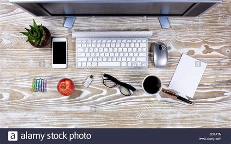 mal de dos au bureau organized office desk 5 conseils pour viter le mal de dos