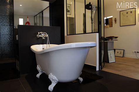 baignoire retro salle de bains mires baignoire ancienne pour une salle de bains