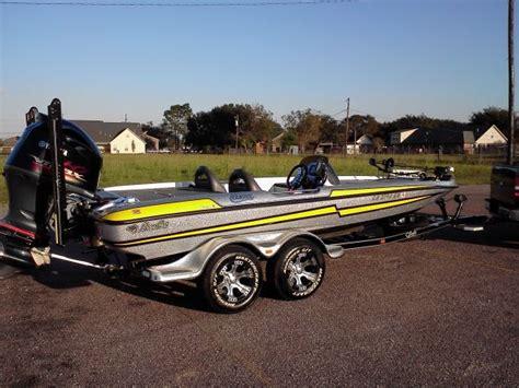Bass Cat Boat Wheels by 2013 Basscat Bass Boat For Sale In Louisiana