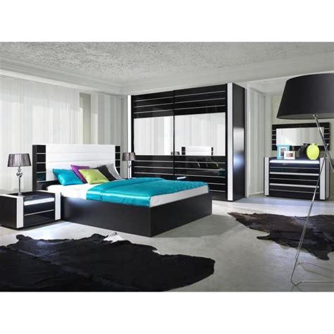 armoire lina noir et blanche laqu 233 e tout 233 quip 233 e meuble design pour votre chambre 224 coucher