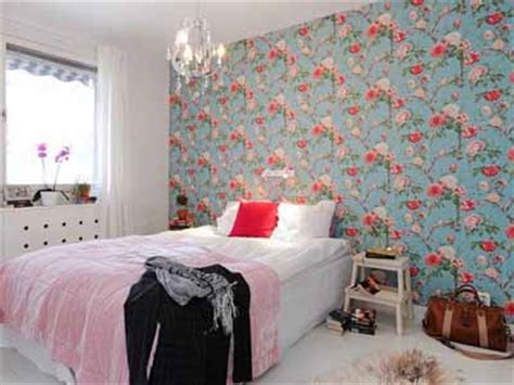 Bright  Ee  Bedroom Ee   Wall Decoration With Modern Wallpaper