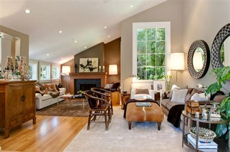 ceiling colors for living room living room with sloped ceiling transitional living room benjamin moore brandon beige