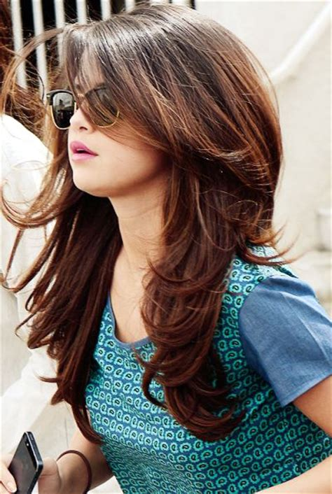 tips menentukan gaya rambut sehari hari  wanita