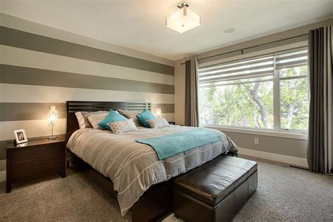 Bedrooms With Accent Walls by 20 Trendy Bedrooms With Striped Accent Walls