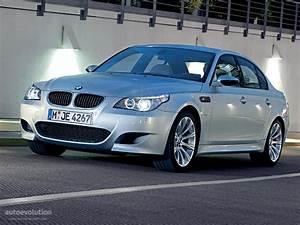 Bmw 5 2009 : bmw m5 e60 specs 2005 2006 2007 2008 2009 2010 autoevolution ~ Gottalentnigeria.com Avis de Voitures