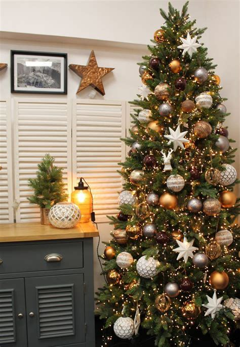 20 luxury gold trees decor for sparkling