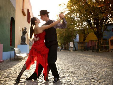 Top 10 Tango Songs for Beginners