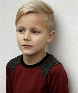 Kinderzimmergestaltung Für Jungs : coole frisuren f r jungs mit scheitel pinteres ~ Markanthonyermac.com Haus und Dekorationen