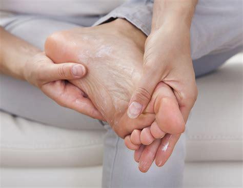 pied de le callosit 233 d 233 finition sympt 244 mes traitement callosit 233