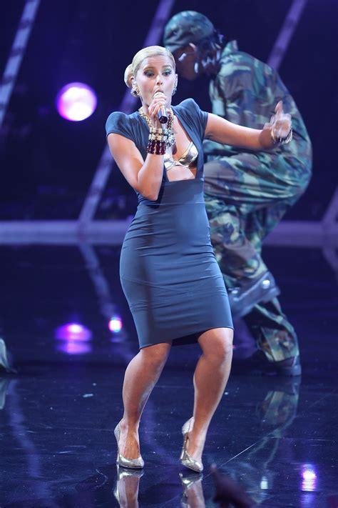 Nelly Furtado Nuda