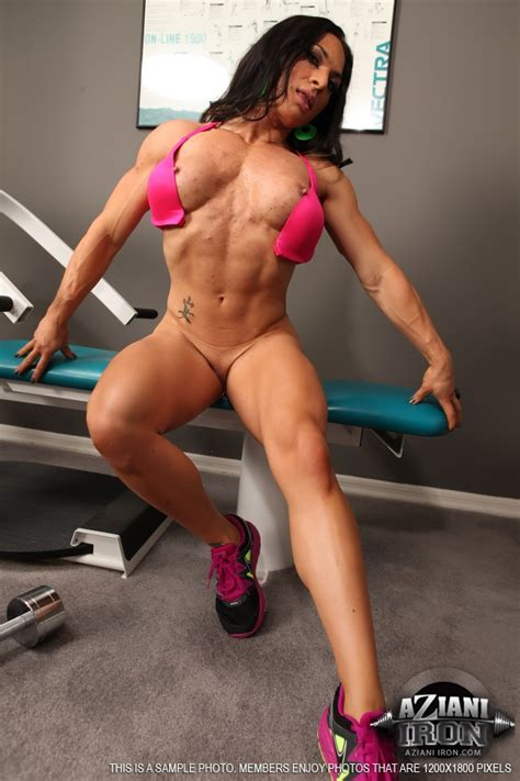 Aziani Iron A Sexy Set Of ripped vixen Working Out In