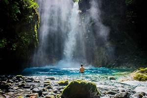 Majestic waterf... Waterfall