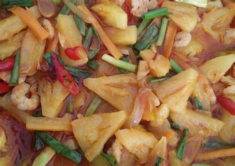 Nah, demikian resep memasak kepiting asam manis pedas yang sederhana, namun tetap menghasilkan sajian yang pasti akan. Resep Udang asam manis nanas oleh Dianawy - Cookpad