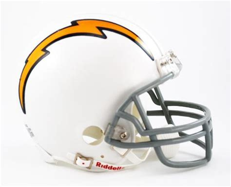 San Diego Chargers 1961-73 Replica Mini Helmet With Z2b