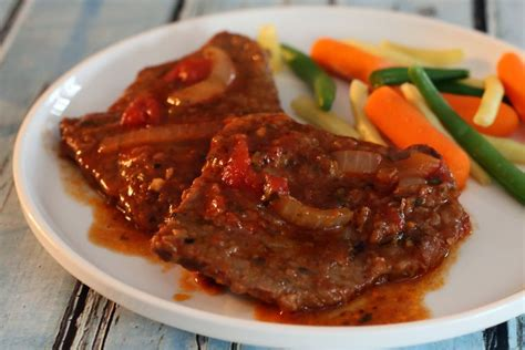 swiss steak swiss steak with round steak and stewed tomatoes recipe