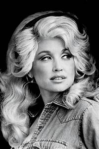 Dolly Parton on Her Family and Dreams - Southern Living