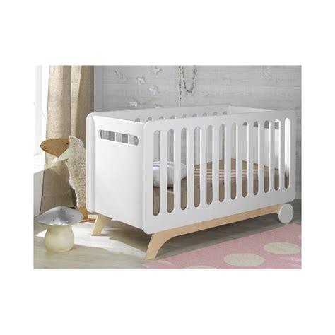 chambre bébé evolutif lit evolutif bébé 70x140 blanc bouleau victoire victboim01e