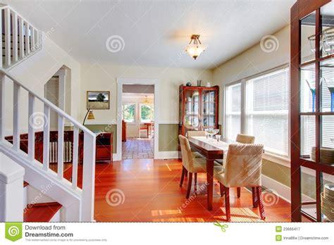 salle a manger de charme salle 224 manger dans la vieille maison am 233 ricaine image stock image 23666417