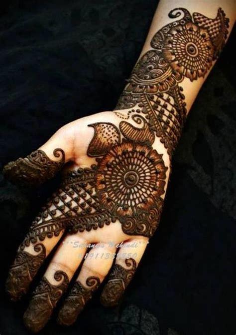Unique and different mehndi designes for brides (5