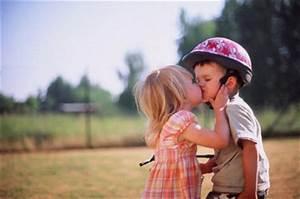 couple, cute, kids, kiss, love - image #188321 on Favim.com