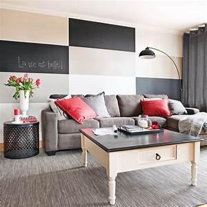 En etapes peindre un damier parfait au mur en etapes for Decoration pour jardin exterieur 5 cuisine quartz noir