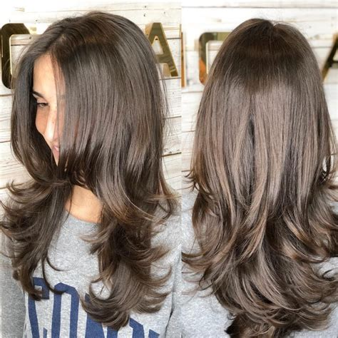 30 Best Hairstyles for Thick Hair & Trending Thick
