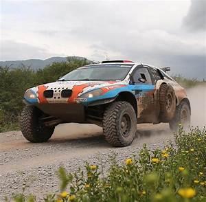 Rallye Automobile 2016 : rallye dakar auto t tet 63 j hrigen mann am streckenrand welt ~ Medecine-chirurgie-esthetiques.com Avis de Voitures
