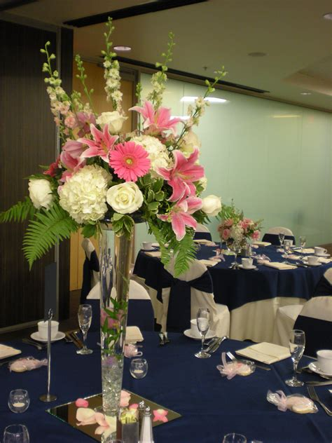 Decorating Beautiful Floral Vases For Centerpieces