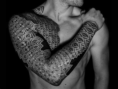 artists  dotwork  create meticulous tattoos