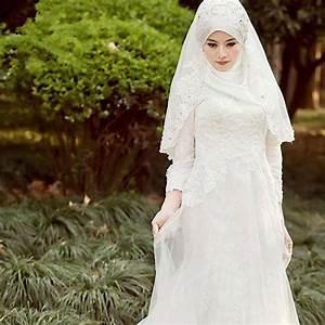 White Muslim Wedding Dress