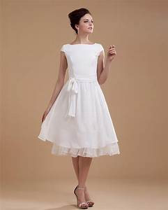 Short wedding dresses with short sleeves sang maestro for Short white wedding dress with sleeves