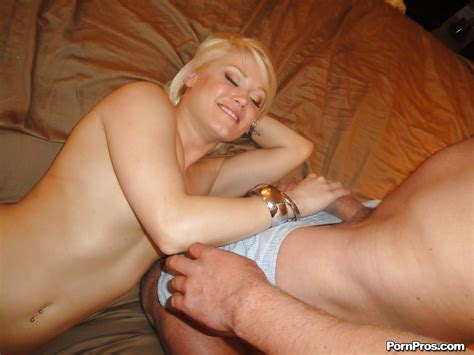 Young Blonde Girl Ash Hollywood Dripping Cum From Mouth