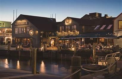 Newport Bowen Bar Ri Wine Grille Restaurant