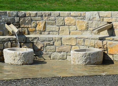 rubinetti per fontane in pietra decorazione ville residenze e giardini in pietra cava