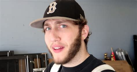 Faze Banks Net Worth 2018 - How Rich is the Pro Gamer