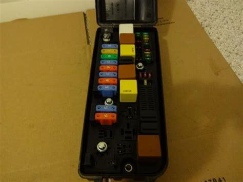 04 Saab 9 3 Fuse Box by Sell 03 07 Saab 9 3 93 Oem Underhood Electrical Center