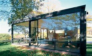 What Philip Johnson's Glass House Says About the Architect ...