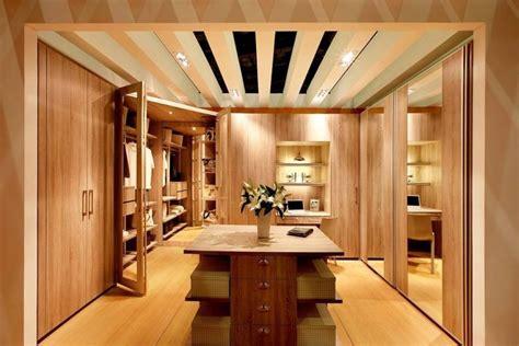 75 Cool Walk-in Closet Design Ideas