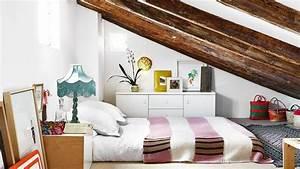 Chambre Sous Les Combles : chambre sous combles 10 id es d 39 am nagement c t maison ~ Melissatoandfro.com Idées de Décoration