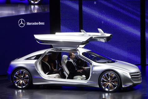 Iaa 2018 Mercedes Benz Looks Two Generations Ahead With F