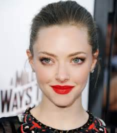 awesome red lipstick tips  tricks  lady