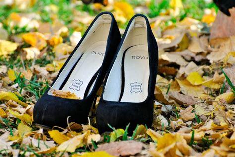 靴 を 探す 夢