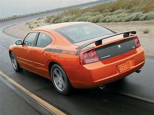 2006 Dodge Charger Daytona R  T