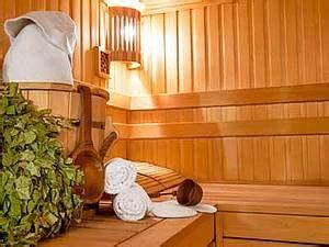 Sauna Anleitung Anfänger : sauna am dachboden oder in der dachschr ge einbauen sauna ~ Orissabook.com Haus und Dekorationen