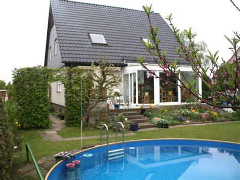 Garten Mit Pool Mieten Berlin by Ferienwohnung Flemming St 228 Dtereise Berlin Berlin Frau