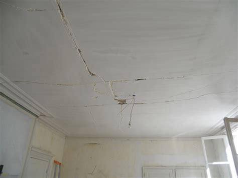 enduit fissure plafond maison design goflah
