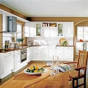 Deco Bois Et Blanc : cuisine blanche et bois le mariage parfait pour une ambiance parfaite ~ Melissatoandfro.com Idées de Décoration