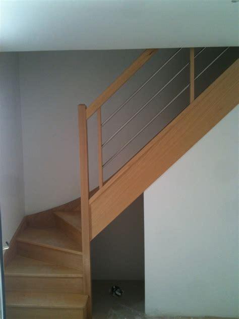 Escalier Gris Clair by Escalier Peint En Gris Clair Palzon Com