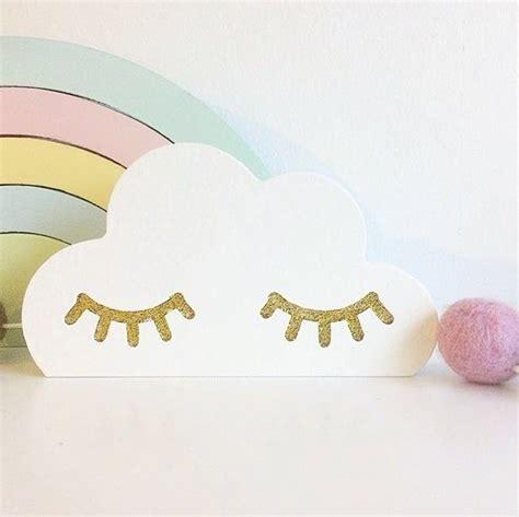 Kinderzimmer Deko Augen kinderzimmer dekoration wolke mit goldenen augen 11 x 6