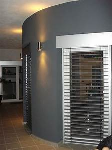Fenster Rollos Innen Verdunkeln : elektrische jalousien innen haus dekoration ~ Michelbontemps.com Haus und Dekorationen